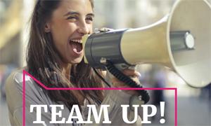 """Broschüre """"Team up! Außerschulische politische Jugendbildung in Kooperation mit Schule"""""""
