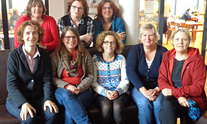 Die Mitglieder der Kommission Mädchen- und Frauenbildung