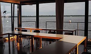 Der schwimmende Seminarraum des Jugendbildungszentrums Blossin e.V.