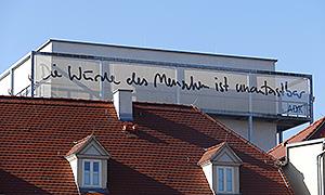 Installation auf dem Dach der Akademie für Darstellende Kunst Baden-Württemberg in Ludwigsburg
