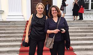 Birgit Weidemann (li.) und Christine Reich (re.), Mitglieder des AdB-Vorstands