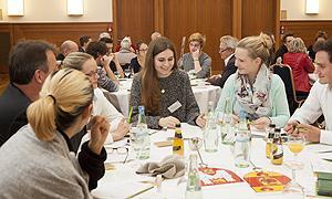 """Auftaktseminar der Koordinierungsstelle """"Handeln für eine jugendgerechte Gesellschaft"""" zum Thema """"Jugendgerechte Kommunen"""" am 25./26. November 2015"""
