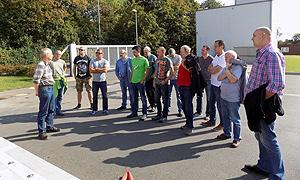 Die Teilnehmer beim Besuch der Göttinger Entsorgungsbetriebe