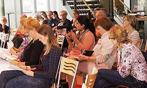 """Fachtagung """"Religionen in der säkularen Demokratie"""": Interessiertes Publikum"""