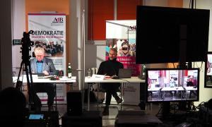 """""""Maschinenraum"""" der ersten digitalen Mitgliederversammlung des AdB im November 2020"""